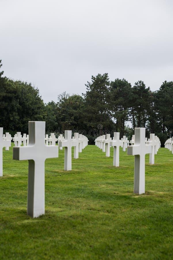 Normandy pomnik przy Omaha plażą i, colleville-sur-mer, Normandy, Francja - pionowo strzał obrazy stock