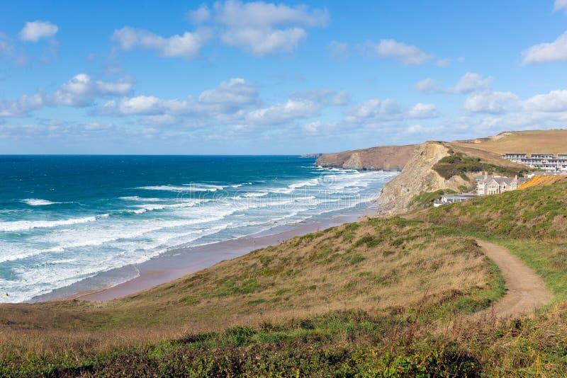 Norr för Watergate för Cornwall kustbana England UK fjärd cornisk strand mellan Newquay och Padstow arkivfoto