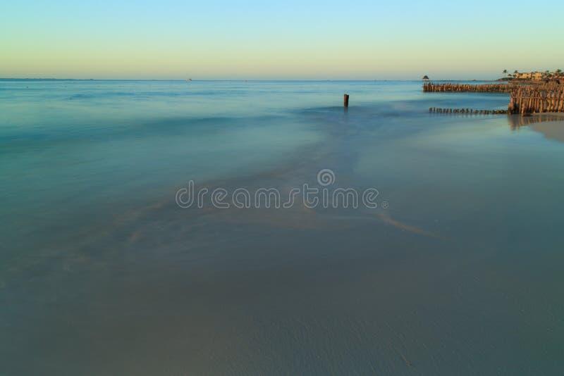 Norr strand Isla Mujeres på solnedgången fotografering för bildbyråer