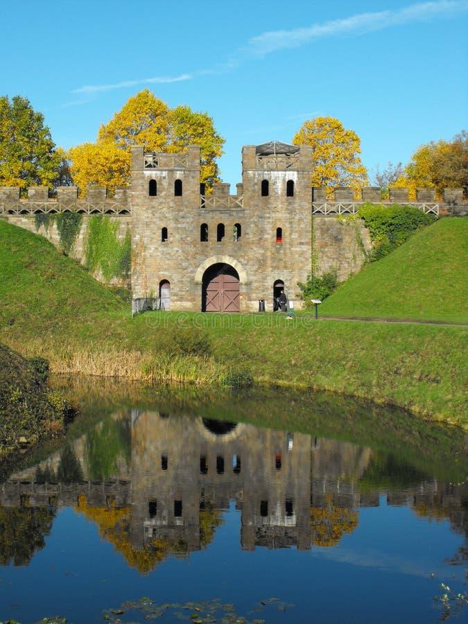 Norr uppehälle av den Cardiff slotten royaltyfri fotografi