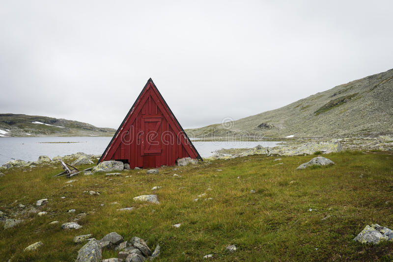 Norsk röd kabin arkivfoto