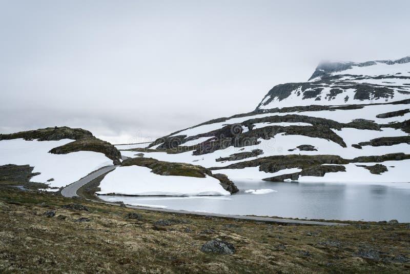 Norsk scenisk rutt Aurlandsfjellet, Norge arkivbilder