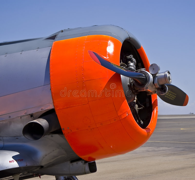 Download North American AT-6 Harvard Engine Stock Photo - Image of airbase, airport: 8540078