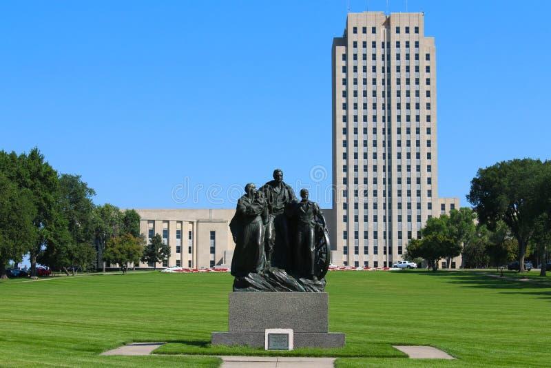 North Dakota statcapitol royaltyfri foto