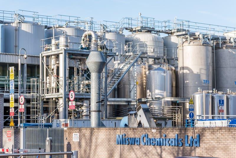 Northampton 7 de diciembre de 2017 BRITÁNICO: El logotipo de la fábrica de las sustancias químicas de Miswa firma adentro el esta imagenes de archivo