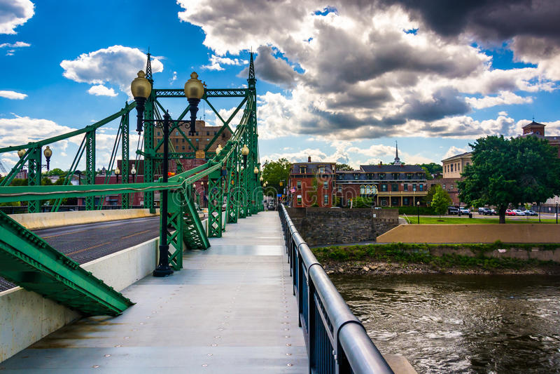 The Northampton Street Bridge over the Delaware River in Easton, Pennsylvania. The Northampton Street Bridge over the Delaware River in Easton, Pennsylvania stock photos