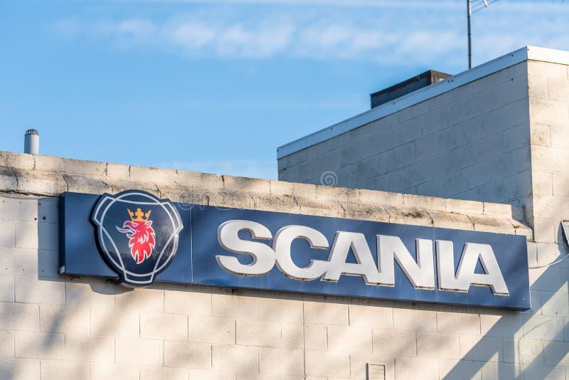 Northampton UK Grudzień 07, 2017: Scania silników logo podpisuje wewnątrz Brackmills Przemysłową nieruchomość zdjęcia royalty free