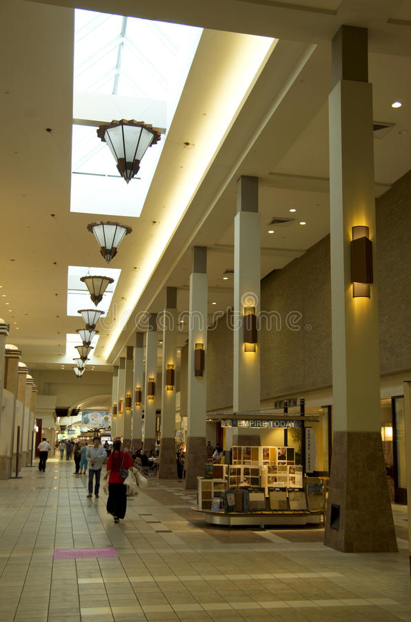 Download Northgate Mall Seattle editorial stock image. Image of retail - 33493874