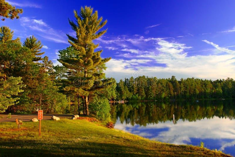 Northwoods Ουισκόνσιν Campground στοκ εικόνα με δικαίωμα ελεύθερης χρήσης