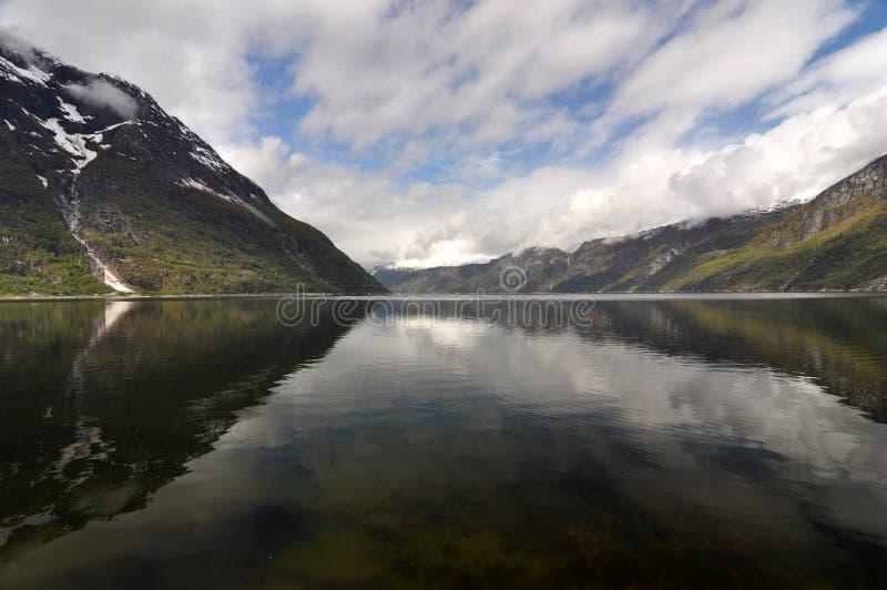 Noruega, fiordo noruego fotografía de archivo libre de regalías