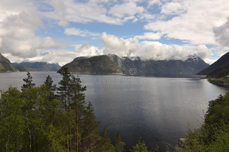 Noruega, fiordo noruego foto de archivo
