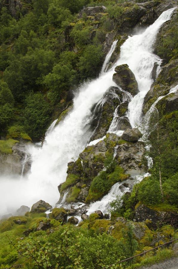 Download Noruega - Parque Nacional De Jostedalsbreen - Cachoeira Imagem de Stock - Imagem de fjords, marco: 29833145