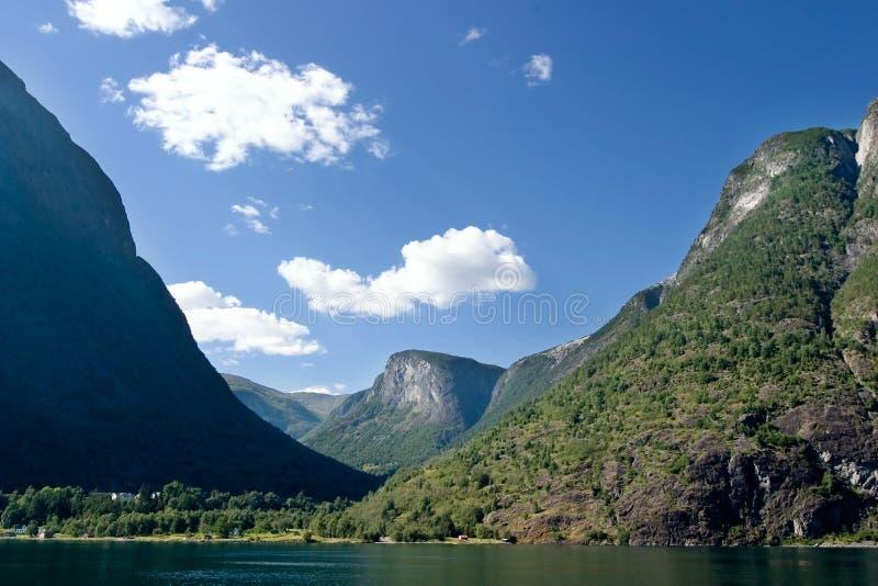 Norwegen-Fjord szenisch stockbild