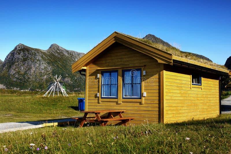Norwegia Lofoten camping, lato krajobraz zdjęcie royalty free
