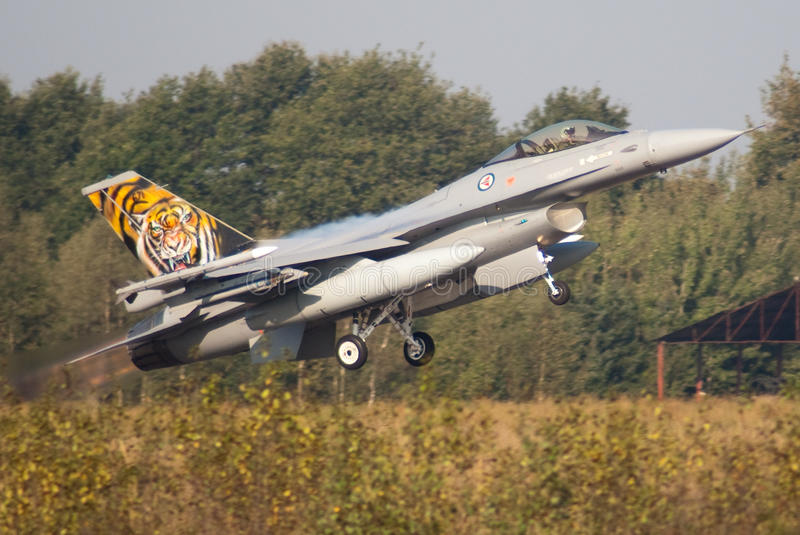 Norwegischer F-16 stockbild