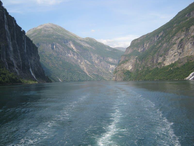 Norwegischer Fjord lizenzfreie stockfotos