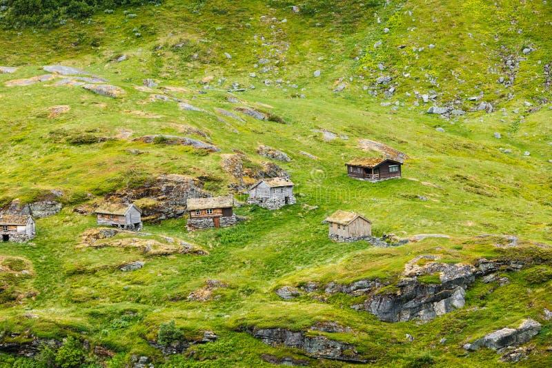 Norwescy starzy dom na wsi w górach fotografia stock