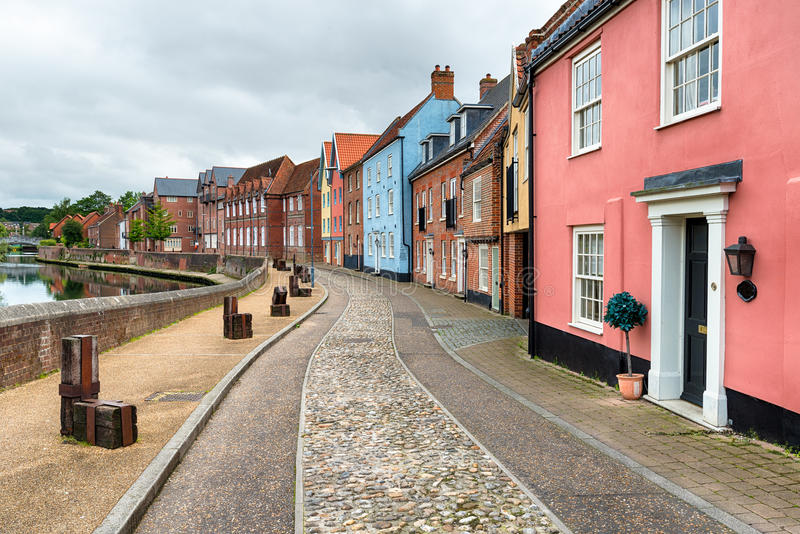 Norwich in Norfolk. Cobbled streets and pretty houses overlooking the River Yare at Quay Side in Norwich royalty free stock photo
