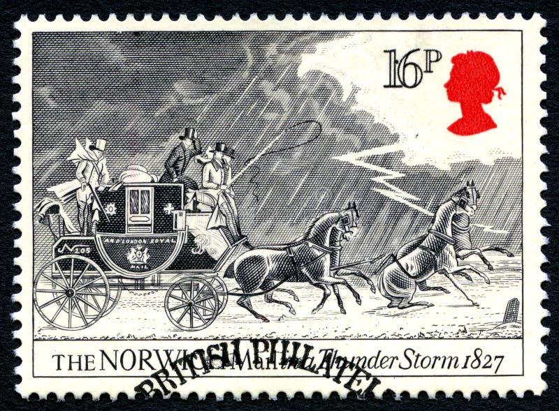Norwich-Post in einer Gewitter-BRITISCHEN Briefmarke stockfotos
