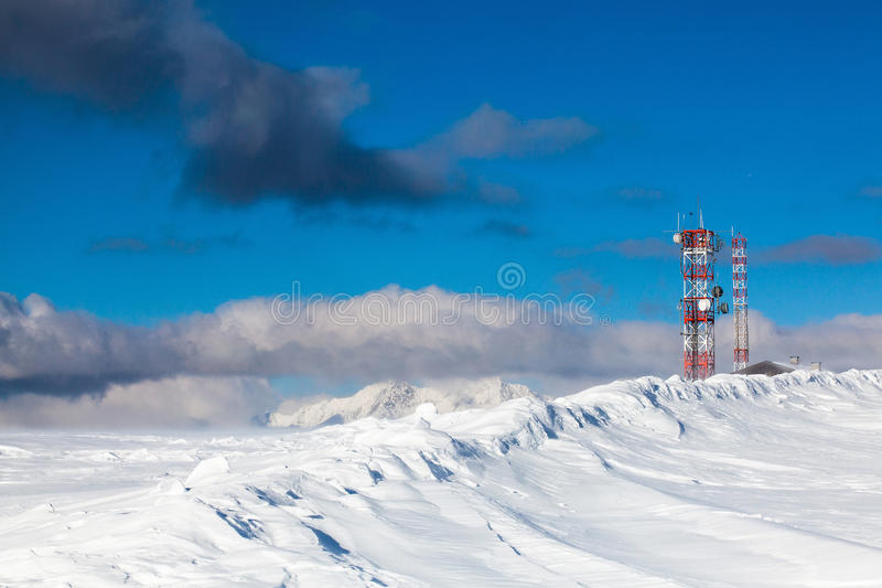 Nos cumes no inverno fotografia de stock
