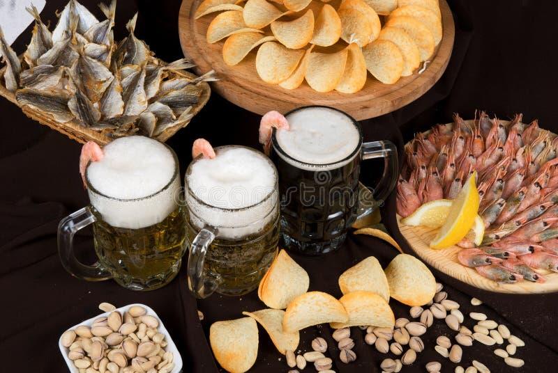 nosh пива вверх стоковое изображение rf