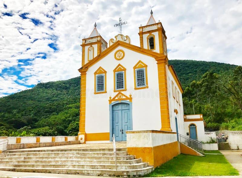 Nossa Senhora da Lapa kyrka i Ribeirão da Ilha, Florianopolis, Santa Catarina Brazil royaltyfria foton