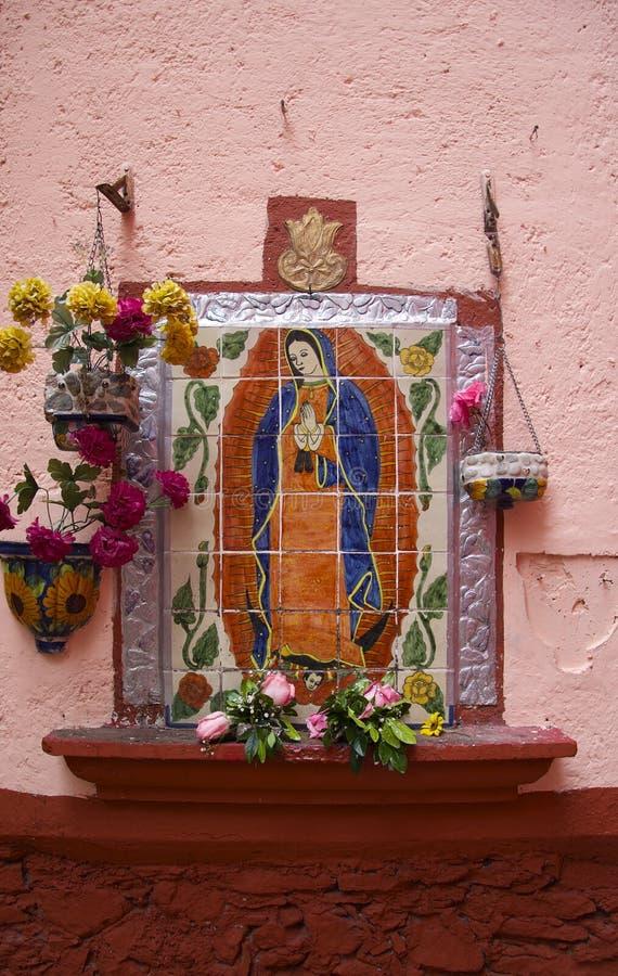 Nossa senhora de Fatima em telhas fotografia de stock