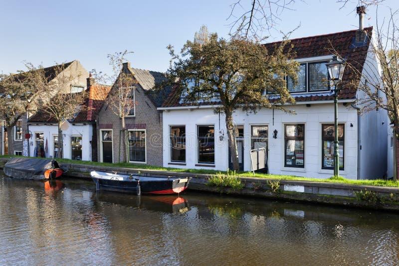 Nostalgia quayside met oude boten in Schipluiden royalty-vrije stock afbeelding