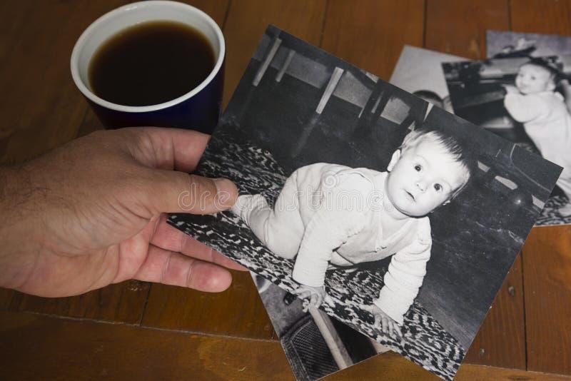 Nostalgischer Blick in die Vergangenheit stockfotografie