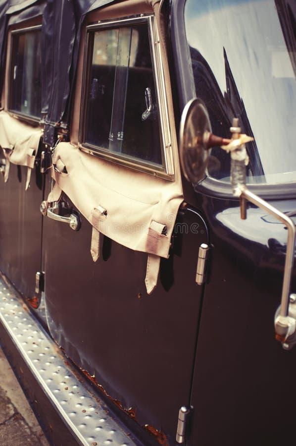 Nostalgisches Auto stockfotografie
