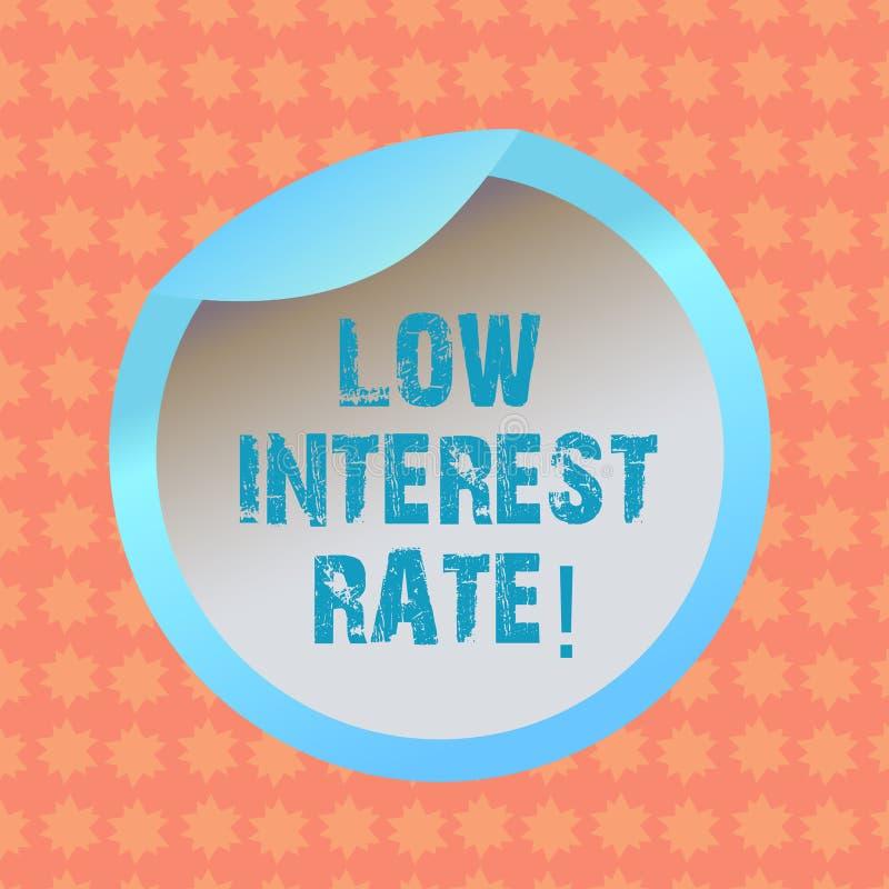 Nota da escrita que mostra a baixa taxa de juro Porcentagem apresentando da foto do negócio que o banco adiciona cada ano na garr ilustração royalty free
