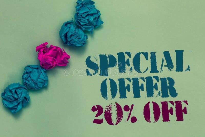 Nota da escrita que mostra a oferta especial 20 fora Azul tirado apresentando a do mercado das vendas da promoção dos discontos d foto de stock royalty free