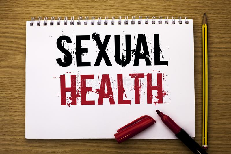 Nota da escrita que mostra a saúde sexual Foto do negócio que apresenta o cuidado saudável do sexo dos hábitos da proteção do uso foto de stock