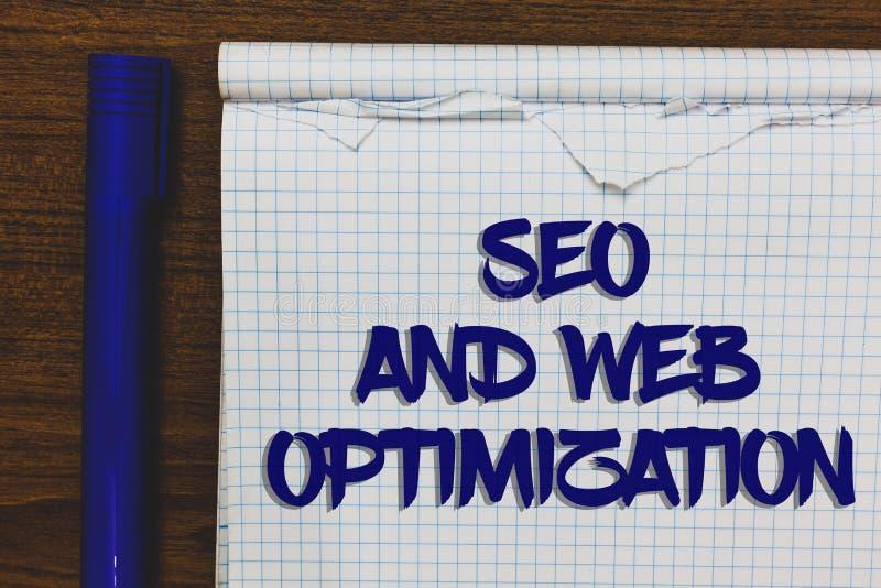 Nota da escrita que mostra Seo And Web Optimization Estratégias de marketing apresentando de Keywording do Search Engine da foto  imagens de stock