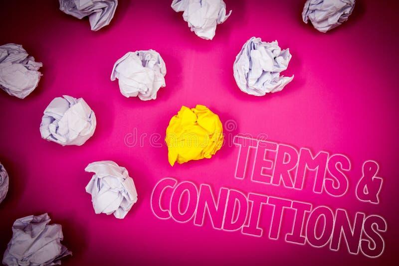 Nota de la escritura que muestra condiciones Foto del negocio que muestra rosa legal del acuerdo de las restricciones de la negac imágenes de archivo libres de regalías