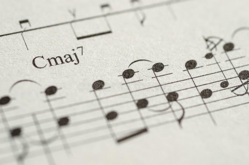 Nota de la hoja de música imagen de archivo. Imagen de cierre - 53696735