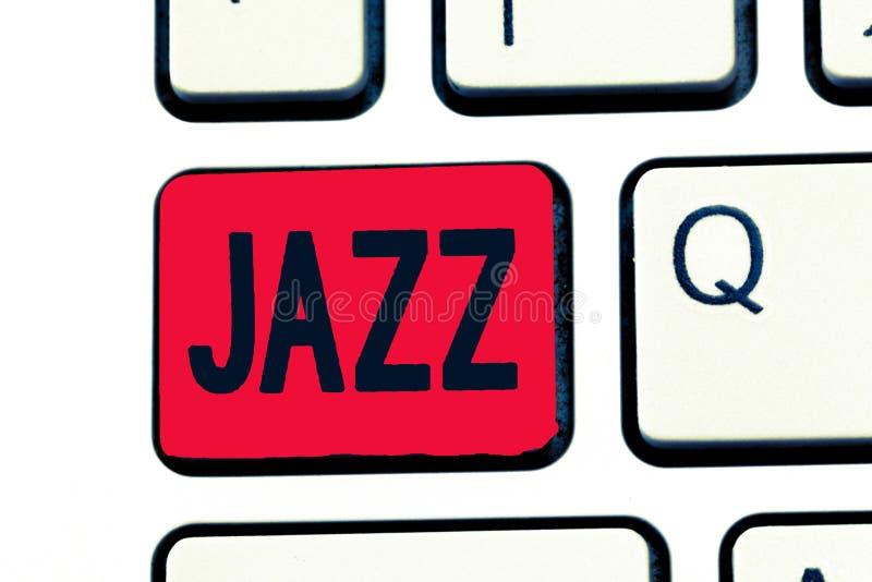 Nota di scrittura che mostra jazz Foto di affari che montra ritmo valido facendo uso dell'ottone e dei legni per giocare fotografia stock