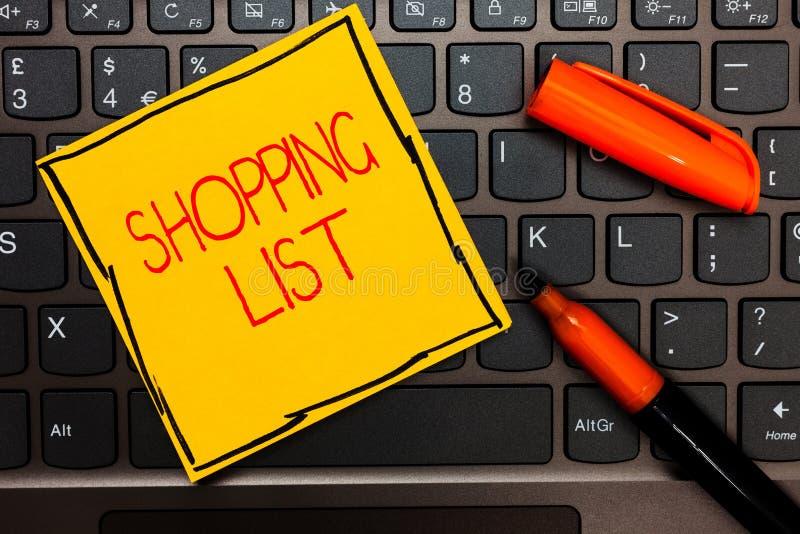 Nota di scrittura che mostra la foto di affari della lista di acquisto che montra approccio di disciplina agli oggetti di base di fotografia stock