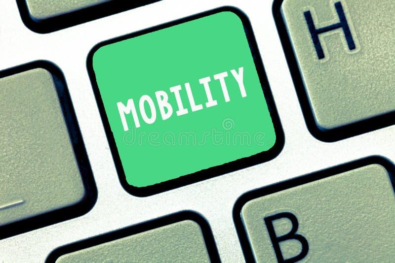 Nota di scrittura che mostra mobilità Foto di affari che montra capacità di muoversi o essere adattabilità facilmente liberamente fotografia stock