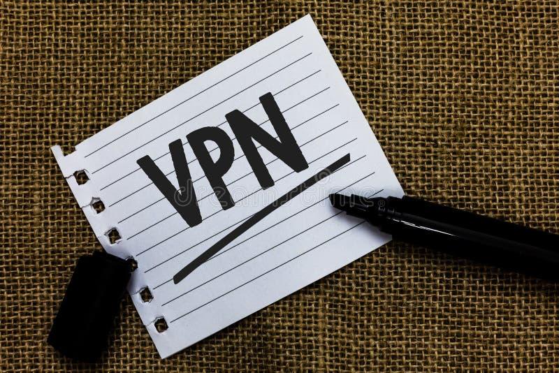 Nota di scrittura che mostra Vpn Foto di affari che montra rete privata virtuale assicurata attraverso la pappa protetta di idee  immagini stock libere da diritti