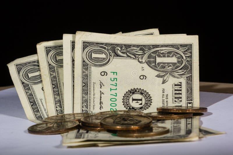 Nota e moedas do dólar americano imagem de stock royalty free