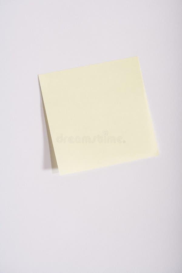 Nota Pegajosa Amarela Vazia Imagens de Stock
