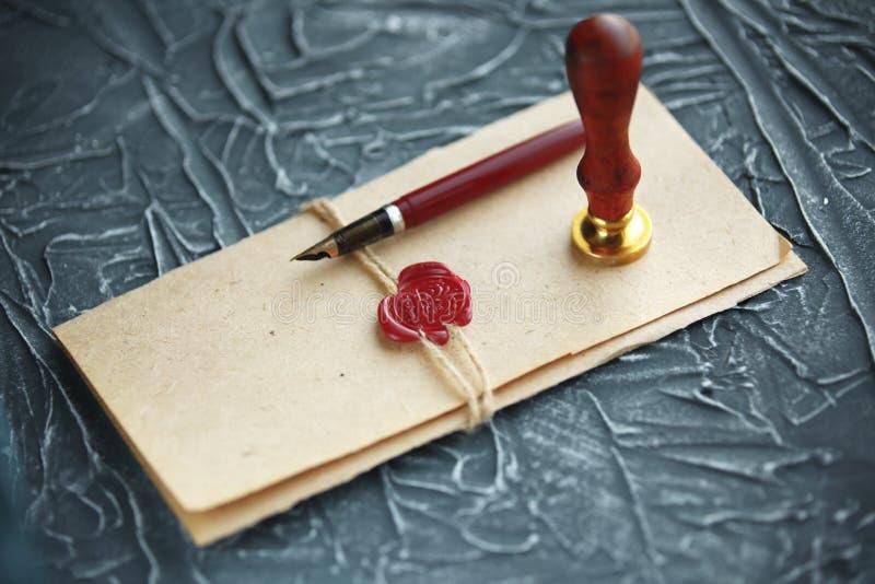 Notaire, mandataire Concept de loi avec le timbre dans la salle d'audience timbre juridique de legs de confiance de cour de contr images stock