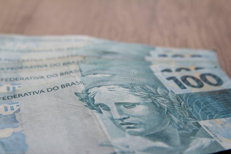 Notas da moeda real, brasileira Dinheiro de Brasil imagens de stock
