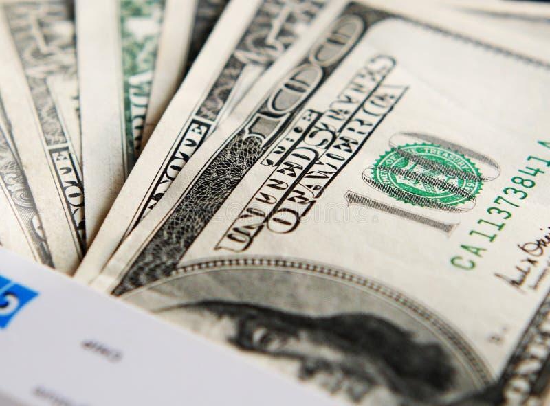 Notas de banco do dinheiro dos EUA foto de stock royalty free