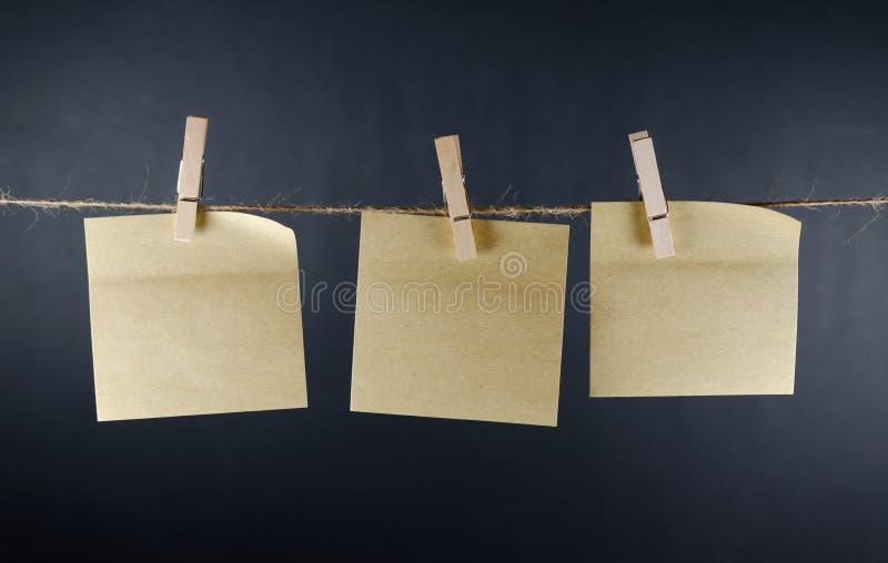 Notas de papel vazias fotos de stock