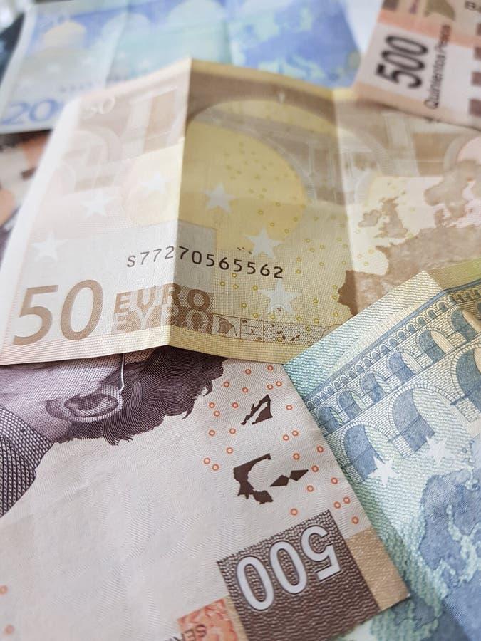 notas euro y cuentas, fondo y textura mexicanos foto de archivo