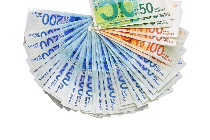 Notas israelitas do dinheiro Fã das cédulas do shekel isoladas imagens de stock