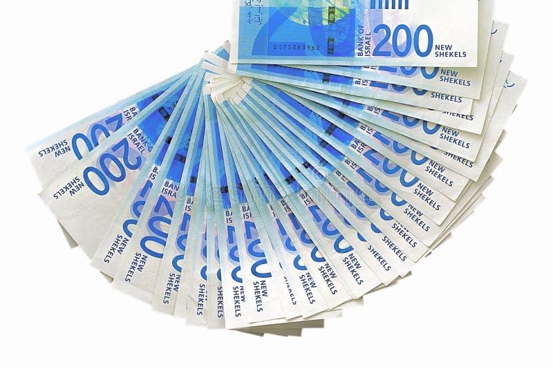 Notas israelitas do dinheiro Fã das cédulas do shekel isoladas imagens de stock royalty free