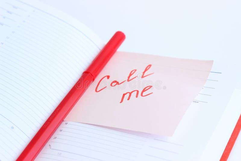 Notatka na papierowym wezwaniu JA fotografia royalty free